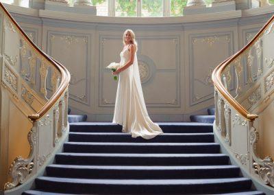 bride-on-stairs-savile-club-wedding