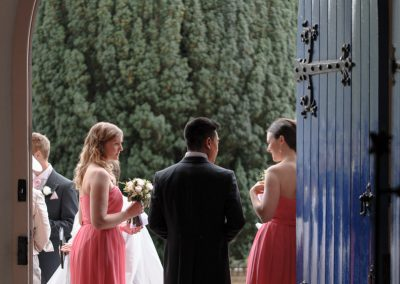 bridesmaids-in-church-doorway