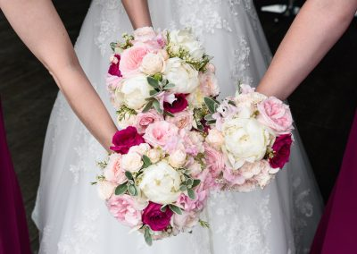 closeup-three-wedding-bouquets