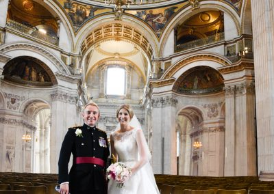 newlyweds-inside-st-pauls-cathedral
