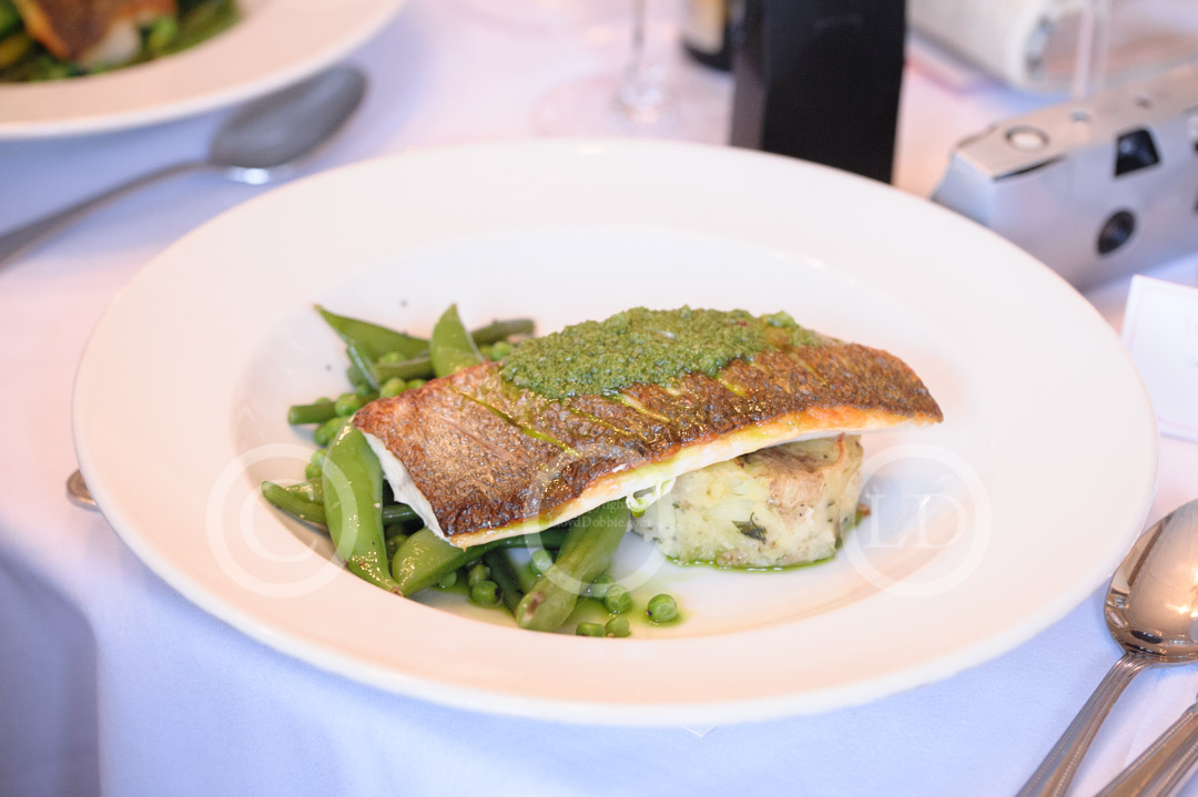 sea bass with peas and mange tout